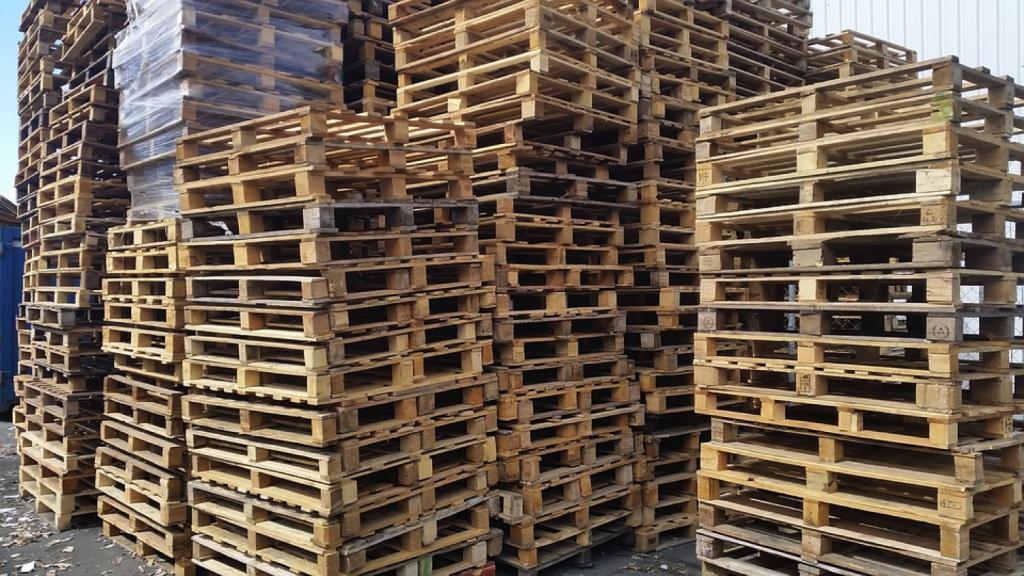 Wood Pallet Pile