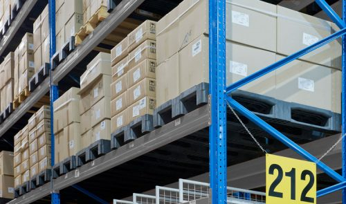 Rackable Pallets In Warehouse Racking