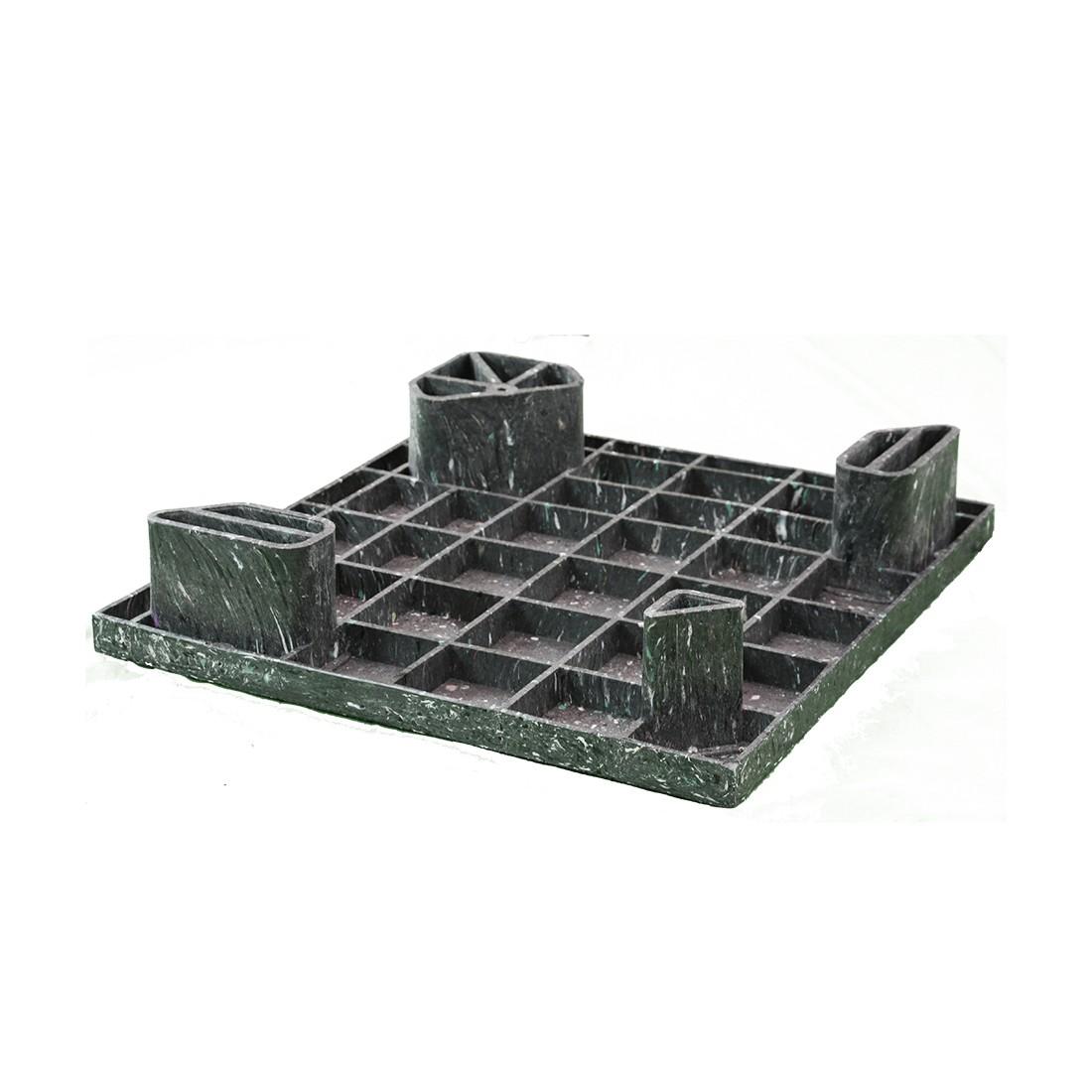 24 x 24 Hercules Solid Deck Plastic Display Pallet